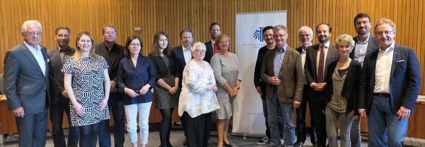 Die DIG Arbeitsgruppen aus Nordrhein-Westfalen zu Gast im Landtag NRW in Düsseldorf